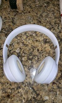 bluetooth and wired beats solo 3 Moore, 73160