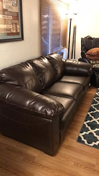 Dark brown/coffee pleather 3-seat sofa Des Moines, 98198