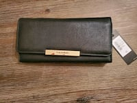 New with tags - Tahari Royal Flush Clutch wallet Tysons, 22102