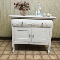 Gourgeous washstand,cabinet,new crystal knobs,freshly painted London, N5Y 5G3