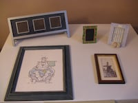 PICTURE FRAMES/CADRES PHOTO