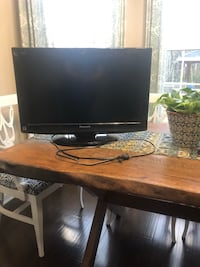 26 inch Black flat screen tv with remote Sneads Ferry, 28460