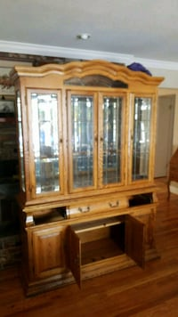 brown wooden framed glass display cabinet Morgan Hill, 95037