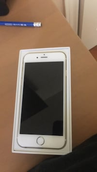Selling IPhone 6 16gb Mississauga, L5R 3N6