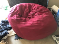 Selling an amazingly cozy bean bag Medford, 02155