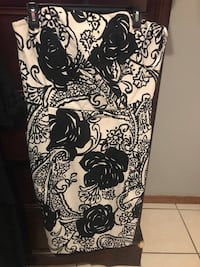 Strapless White& black brand from the mall size 14 San Juan, 78589