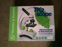 white and black Thames & Kosmos microscope & biology kit box Gold River, 95670