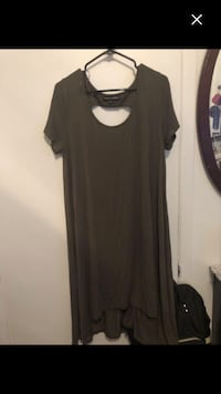Brand new green dress size 1x worth 65$ Montréal, H4E 1M5