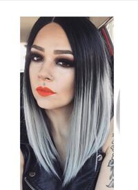 Ombré grey middle bob wig