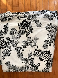 white and black floral textile Centreville, 20121