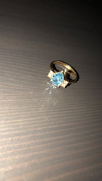 silver and blue gemstone ring Margate, 33063