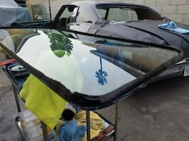 auto glass windshield replacement