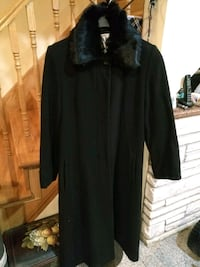 Wool dressy trench Montréal, H1S 1G7