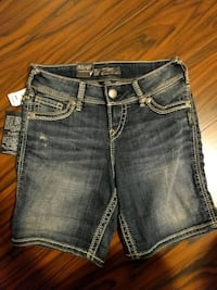 New Silver jean shorts with tags size 26 Cambridge, N1T 1Y5