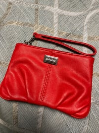 Express hand clutch- brand new  Los Angeles, 91605
