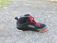 black-and-red Air Jordan basketball shoes Seattle, 98144