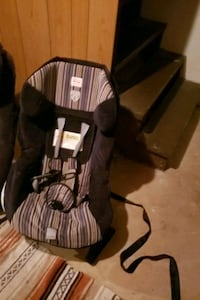 brown wooden windsor rocking chair Grove City, 43123