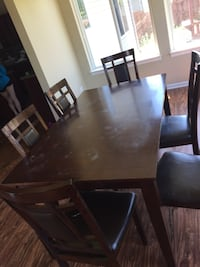 Kitchen table and 6 chairs Joliet, 60586