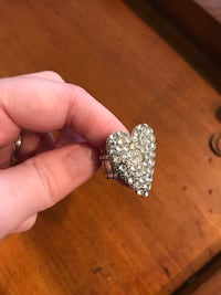 Heart Stud Ring Taneytown, 21791
