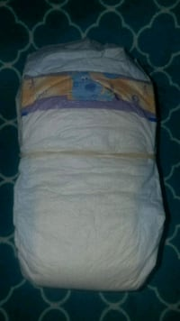 25 size 2 luvs diapers  Travelers Rest