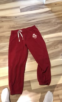 Red roots track pants large Brampton, L6Z 1C9
