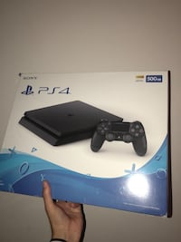 Ps4 slim Hyattsville, 20783