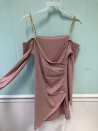 Brand new Goldtone strap, over the shoulder long sleeve dress Fairfax, 22031