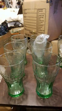 two clear glass vases with green and brown floral Lakeland, 33810