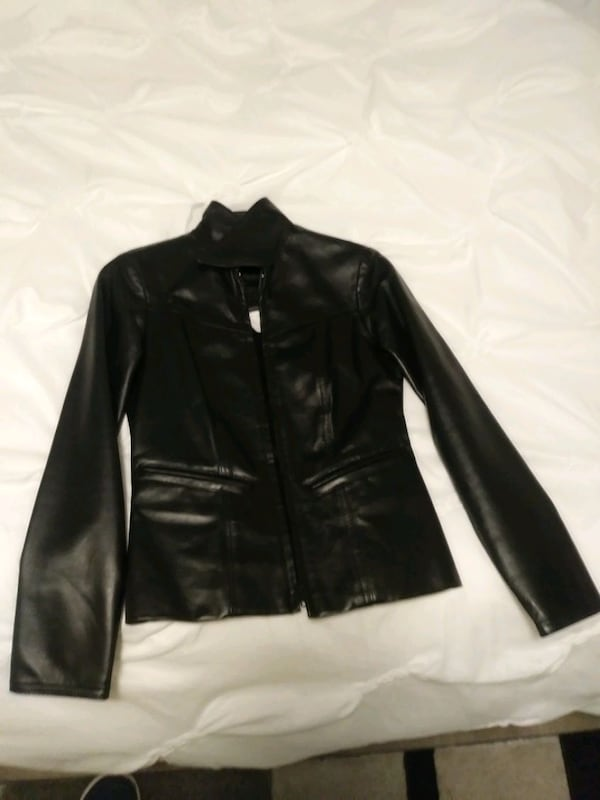 Size 0 woman's leather jacket asking for 500 OBO 11b007e1-6aa5-4e55-a066-23a369348eeb