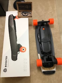 Brand New Boosted Mini S --Electric Skateboard -- Extra Belts included Vienna