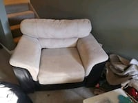 Leather and suede chair Lincoln, L0R 1B7