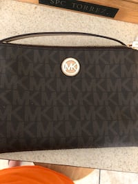 MK satchel purse with matching wallet Conroe, 77301