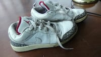 pair of white-and-gray Nike basketball shoes Columbus, 43223