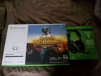Xbox One with headset Grand Blanc, 48439