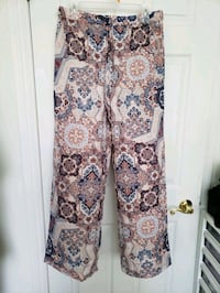 Brand new large wide legs with elastic waist  Toronto, M1E 3T1