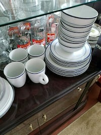 10 plates 7 bowls 4 cups dishwasher safe porcelain Falls Church, 22041