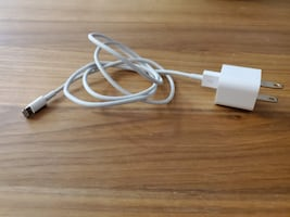Genuine Apple iPhone Lightening USB Cable   Wall Charger
