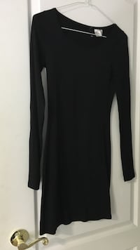 Size S H&M dress Vaughan, L4H 0X9
