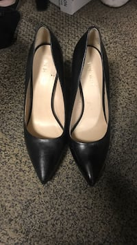 Black leather heels Nine West  Calgary, T2P