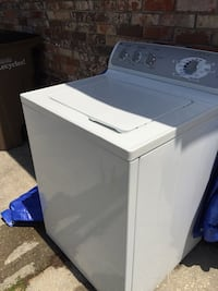 See  details on- Washing machine - General Electric - in great physical condition, everything works wonderful except the spin cycle. Easy fix for electrician or someone with patience to fix. Parts are on line. Must see-:) Pensacola, 32504