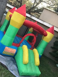 Bounce house Tampa, 33613