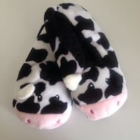 Brand new cow slippers, $10 3148 km