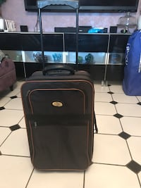 Black Carry-On Luggage Claremont, 91711