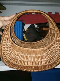 Basket  Dartmouth, B2W 2E3