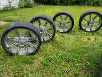 26in. Rims and tires 80% tread life Dearborn Heights, 48127