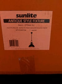 Brand New In Box Antique Style Light Fixture Columbus, 43205