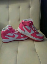 white-and-pink NIKE Airforce high-top shoes Knoxville