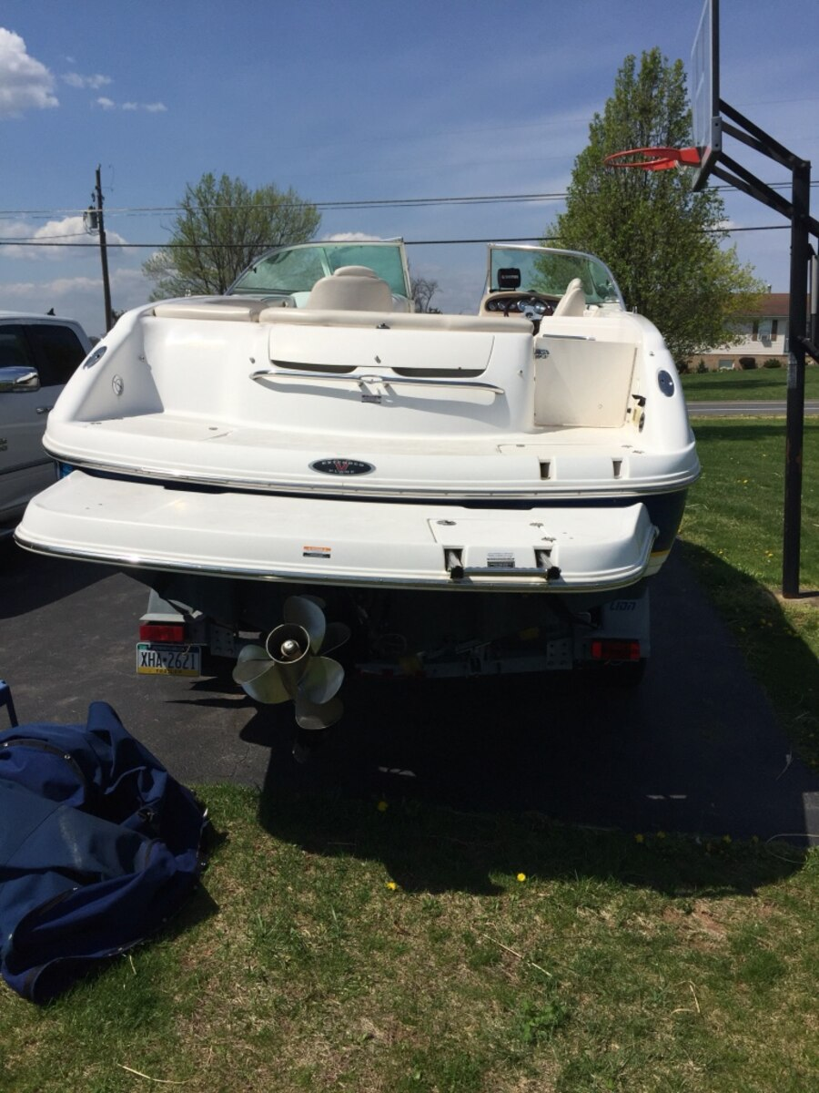 Blue And White 23 Bowrider Boat In Hagerstown Letgo