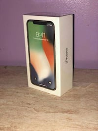 silver iPhone X 64gb unlocked with receipt Mississauga