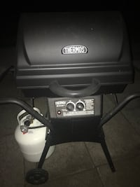 black Char-Broil gas grill Fort Erie, L2A